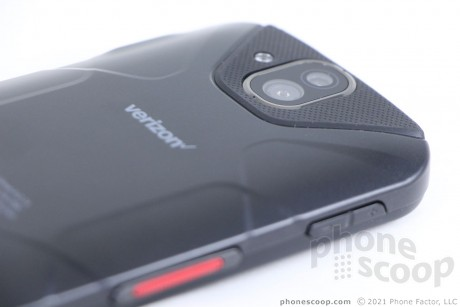 Hands On with Kyocera DuraForce Pro (Phone Scoop)