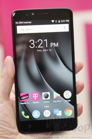 Hands On with the T-Mobile REVVL Plus (Phone Scoop)