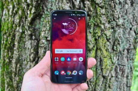 Review: Motorola Moto Z3 for Verizon Wireless