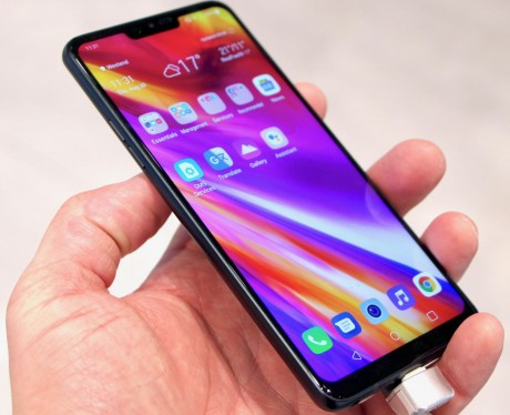 Hands On with the LG G7 Fit and G7 One (Phone Scoop)