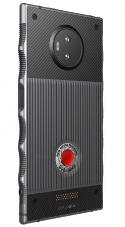AT&T, Verizon to Sell Red Hydrogen One Starting Nov  2 for