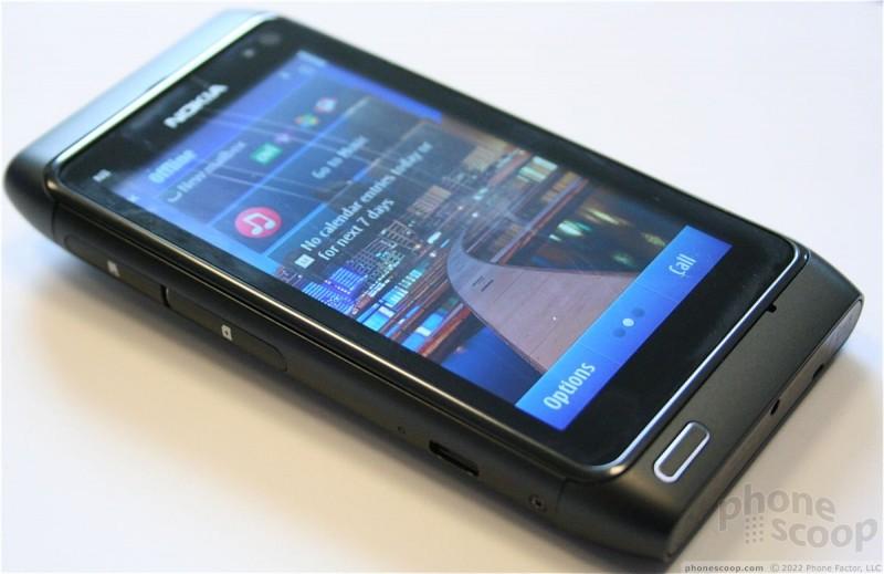 Hands-On: Nokia N8 (Phone Scoop)