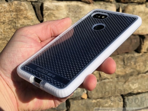 best service 60edf b1725 Review: Tech 21 Evo Check Case for Pixel 2 XL (Phone Scoop)